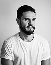 Mr Guto Requena <br/>Creative Director <br/>Estudio Guto Requena